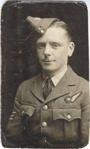 C:\Users\Frank\Pictures\z011 Dunsfold Airfield and crashes and incidents thereon\Pallinghurst House\Details of Crews\Crew of FL682 of 98 Squadron\CROSS, Sgt. Air Gunner.jpg