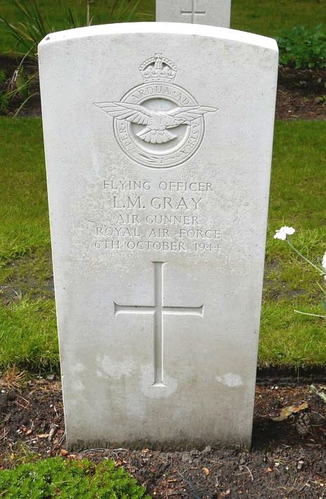 C:\Users\Frank\Pictures\z011 Dunsfold Airfield and crashes and incidents thereon\z059 Blacknest Farm 6th Oct. 44\z04 FO LM Gray Air Gunner\Leonard Maurice Gray.JPG